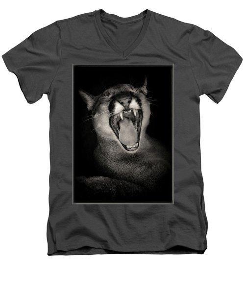Cruz Yawning Men's V-Neck T-Shirt