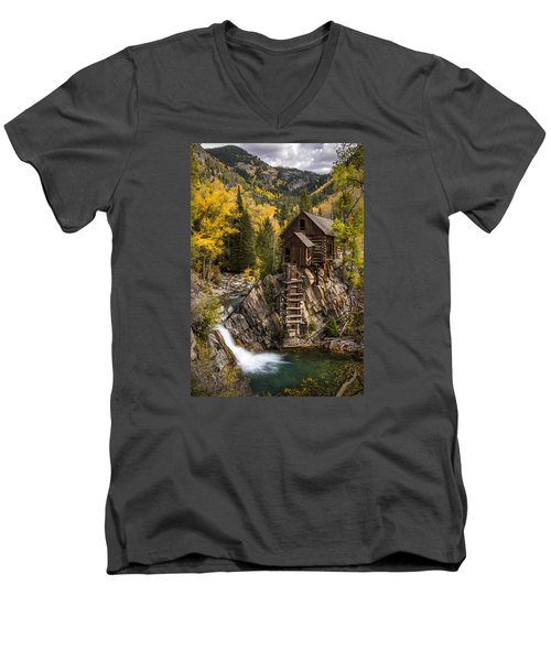 Crystal Autumn Men's V-Neck T-Shirt