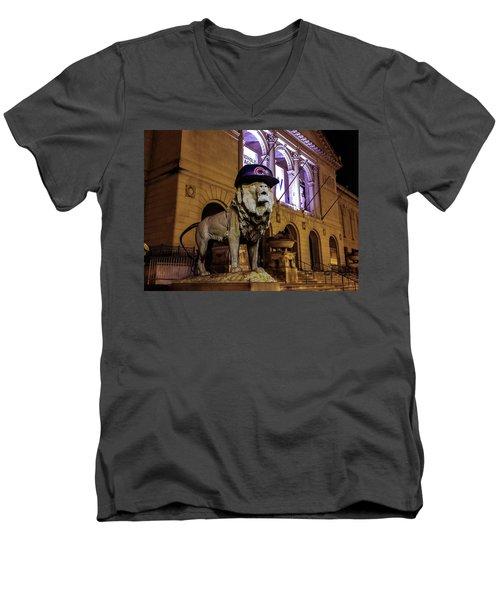 Cubs Lion Hearts Men's V-Neck T-Shirt