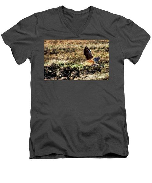 Curlew In Flight Men's V-Neck T-Shirt