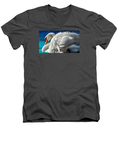 Cygnus Shine 3 Men's V-Neck T-Shirt