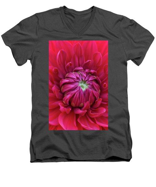 Dahlia Heart Men's V-Neck T-Shirt