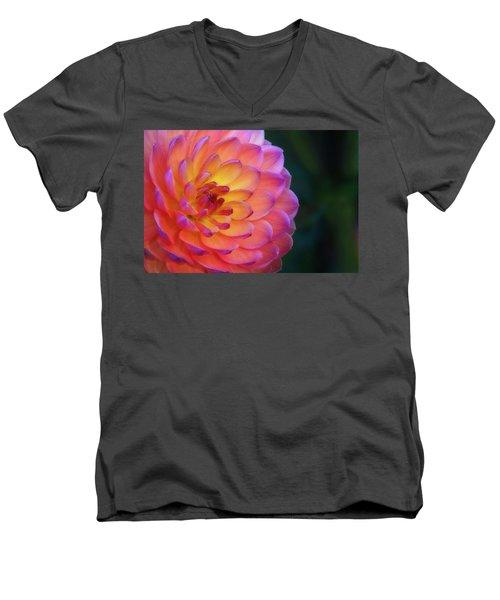 Dahlia Portrait Men's V-Neck T-Shirt