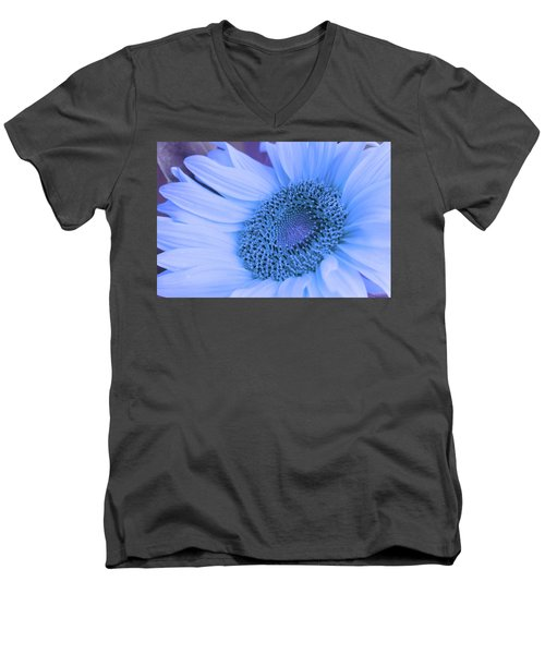 Daisy Blue Men's V-Neck T-Shirt