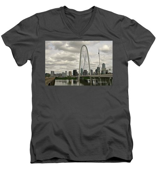 Dallas Suspension Bridge Men's V-Neck T-Shirt