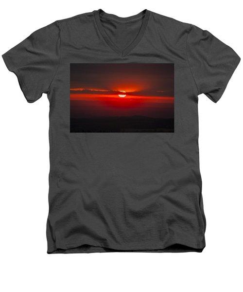 Dark Red Sun In Vogelsberg Men's V-Neck T-Shirt