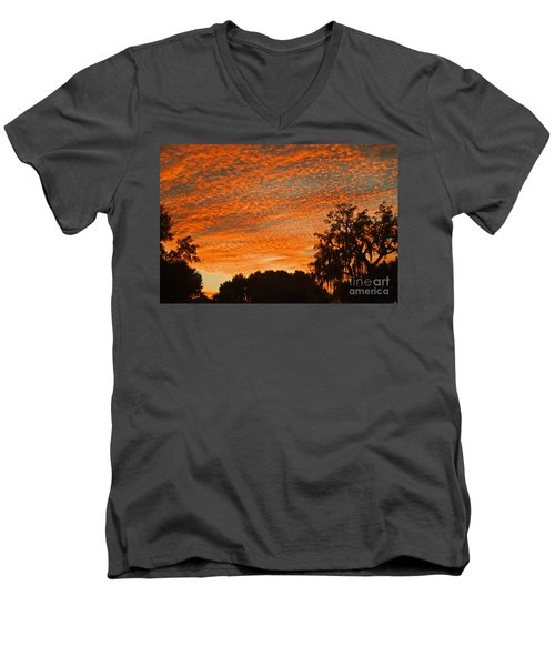 Davenport At Dusk Men's V-Neck T-Shirt