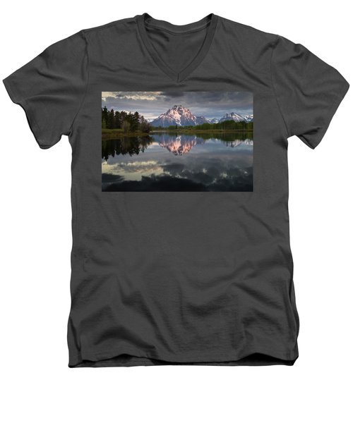 Dawn At Oxbow Bend Men's V-Neck T-Shirt