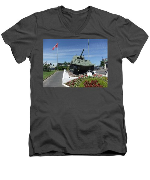 Dd Tank Men's V-Neck T-Shirt