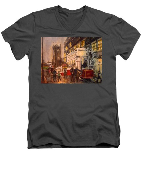 Deansgate With Tram Men's V-Neck T-Shirt