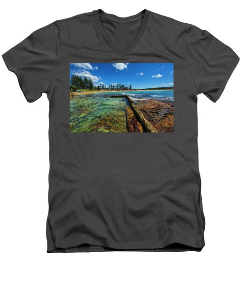 Dee Why Rock Pool Men's V-Neck T-Shirt