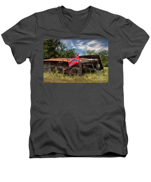 Deep South Farm Men's V-Neck T-Shirt