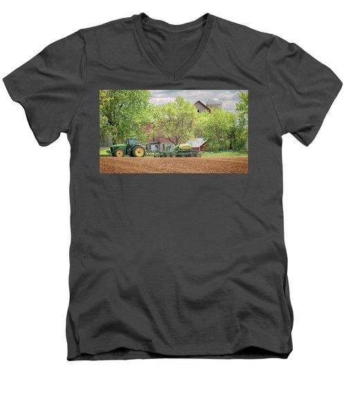 Deere On The Farm Men's V-Neck T-Shirt