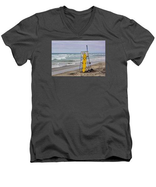 Del Mar Lifeguard Tower Men's V-Neck T-Shirt