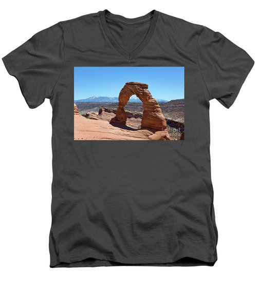 Delicate Arch Arches National Park Men's V-Neck T-Shirt