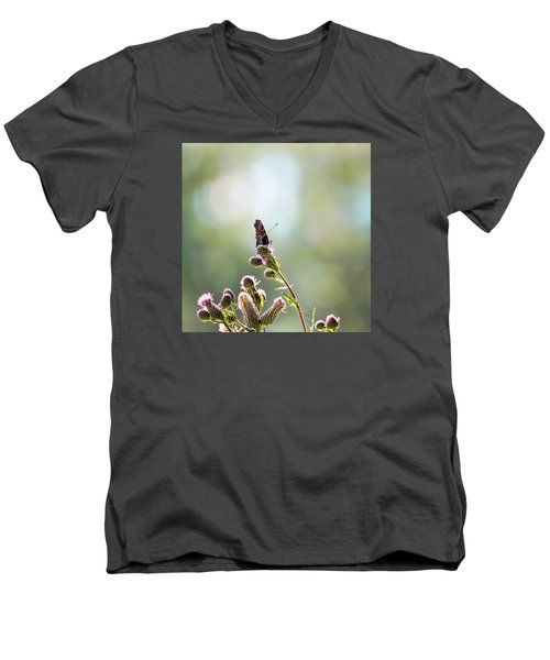 Men's V-Neck T-Shirt featuring the photograph Demon by Leif Sohlman