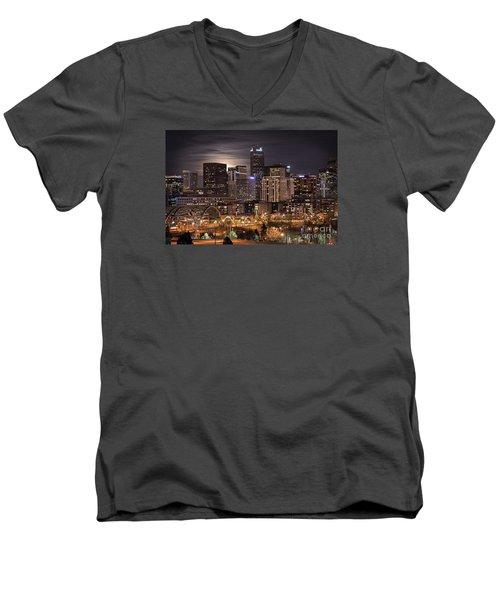 Denver Skyline At Night Men's V-Neck T-Shirt