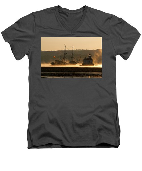 Departure Of El Galeon I Men's V-Neck T-Shirt