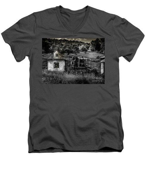 Derelict Farm, Transylvania Men's V-Neck T-Shirt