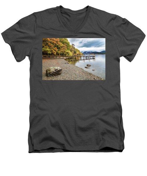 Derwent Jetty Men's V-Neck T-Shirt