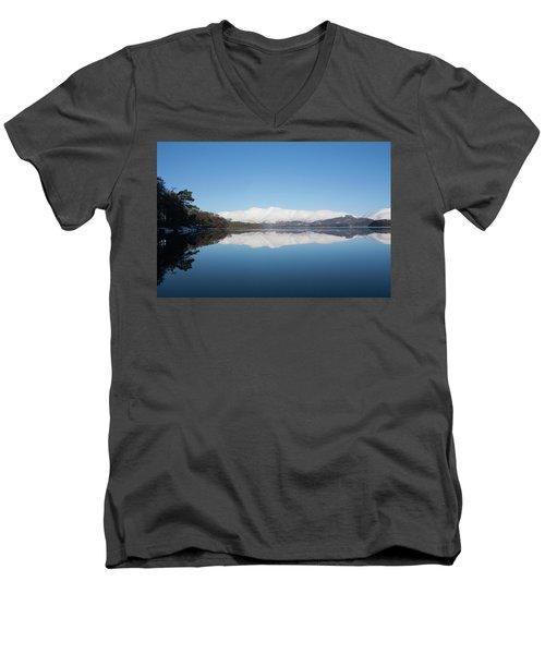 Derwentwater Winter Reflection Men's V-Neck T-Shirt