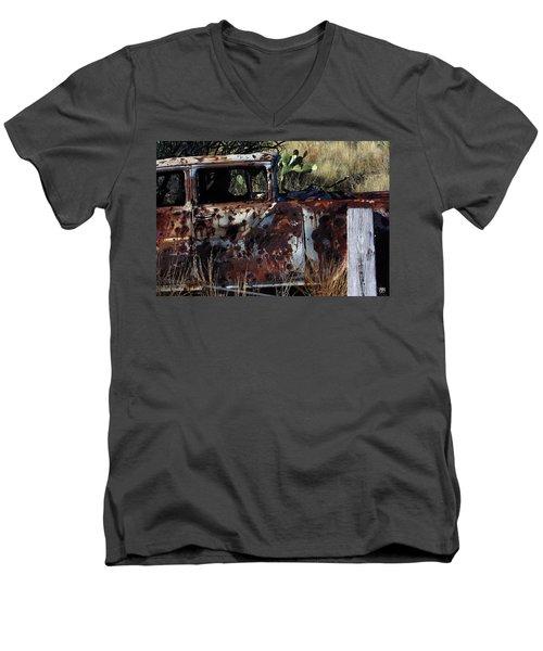 Desert Car Men's V-Neck T-Shirt