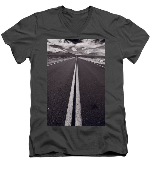 Desert Road Trip B W Men's V-Neck T-Shirt