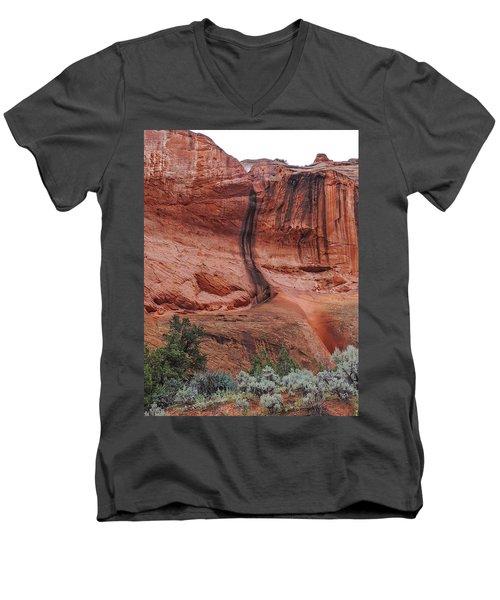 Desert Varnish Along Burr Trail Men's V-Neck T-Shirt