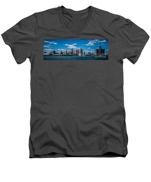 Detroit Skyline Men's V-Neck T-Shirt