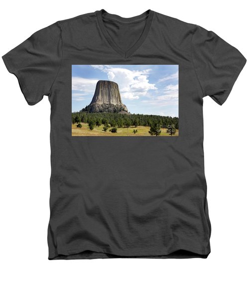 Devils Tower National Monument Men's V-Neck T-Shirt
