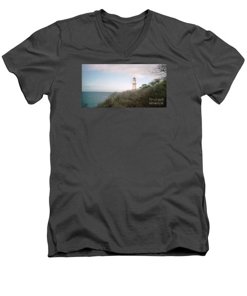 Diamond Head Light House Men's V-Neck T-Shirt