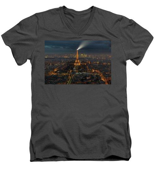 Didn't Know Paris Has A Skyline Men's V-Neck T-Shirt by Alex Aves