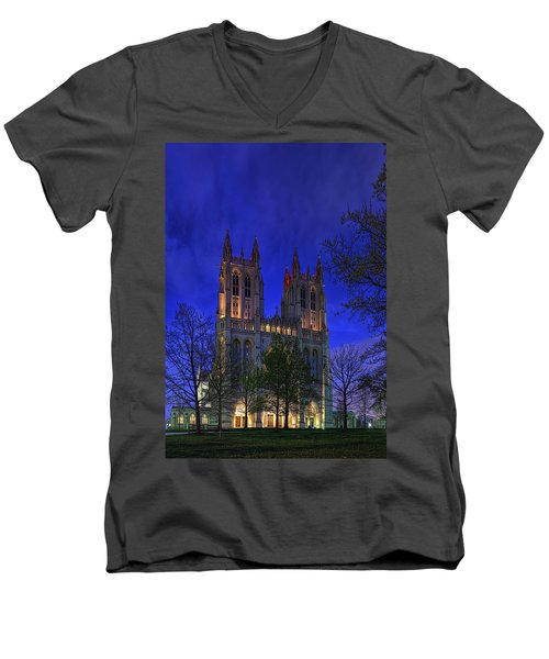 Digital Liquid - Washington National Cathedral After Sunset Men's V-Neck T-Shirt