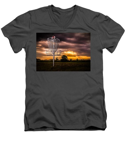 Disc Golf Anyone? Men's V-Neck T-Shirt