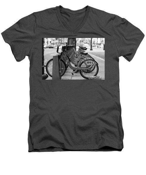 Divvy Bikes Men's V-Neck T-Shirt