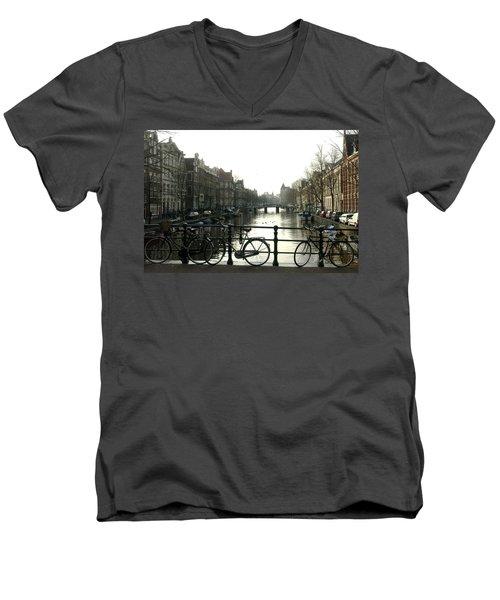 Dnrh1103 Men's V-Neck T-Shirt