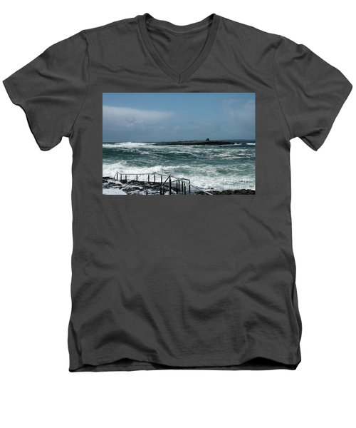 Doolin Waves Men's V-Neck T-Shirt