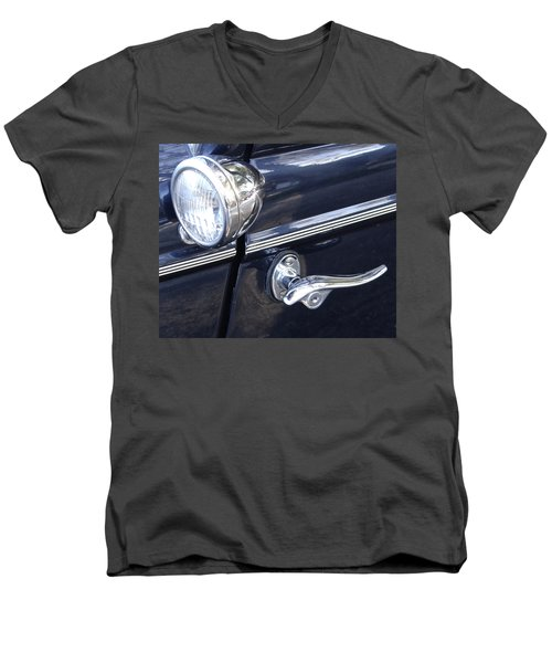 Door Men's V-Neck T-Shirt