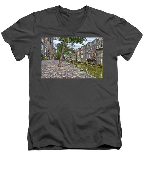 Dordrecht Behind The Church Men's V-Neck T-Shirt