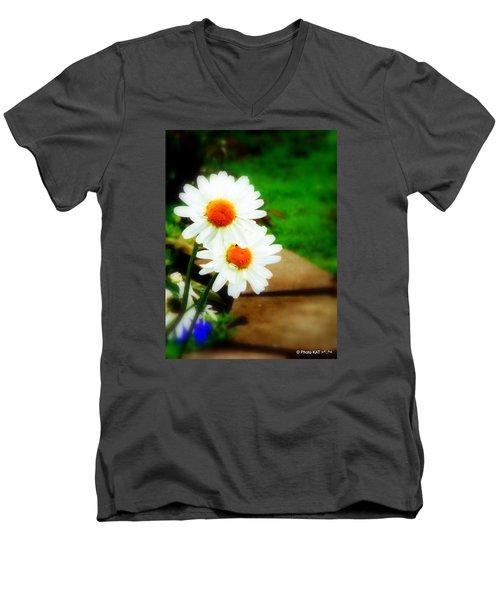 Double Daisy Men's V-Neck T-Shirt