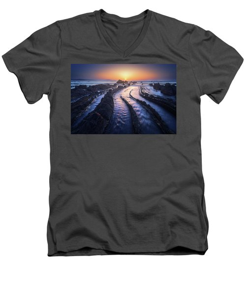 Dragon Lair Men's V-Neck T-Shirt