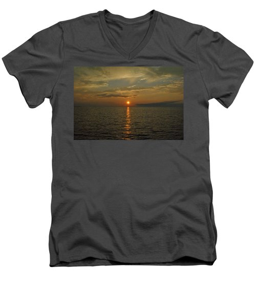 Dreamy Dusk Men's V-Neck T-Shirt