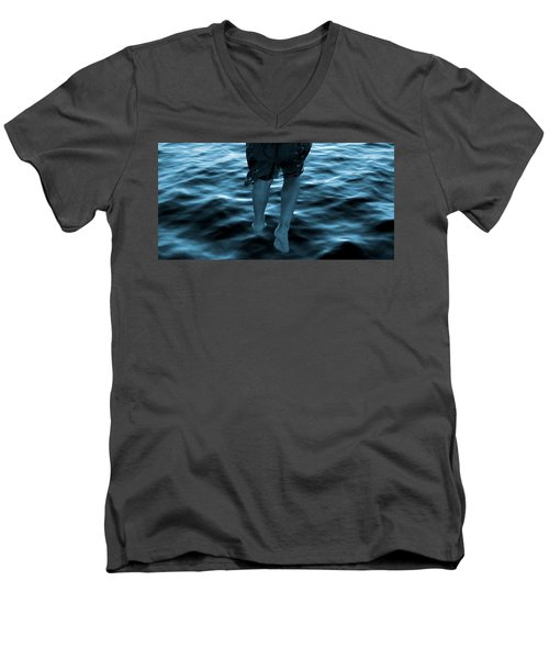 Drifting Men's V-Neck T-Shirt