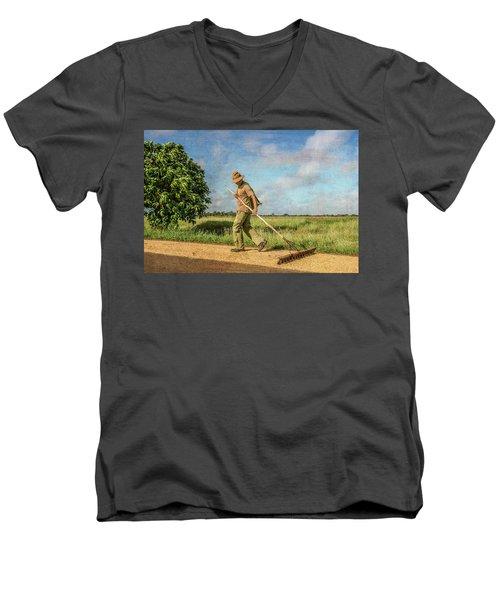 Drying Rice Men's V-Neck T-Shirt