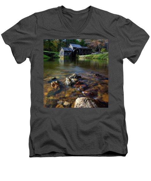 Ducks View Of Mabry Mill Men's V-Neck T-Shirt