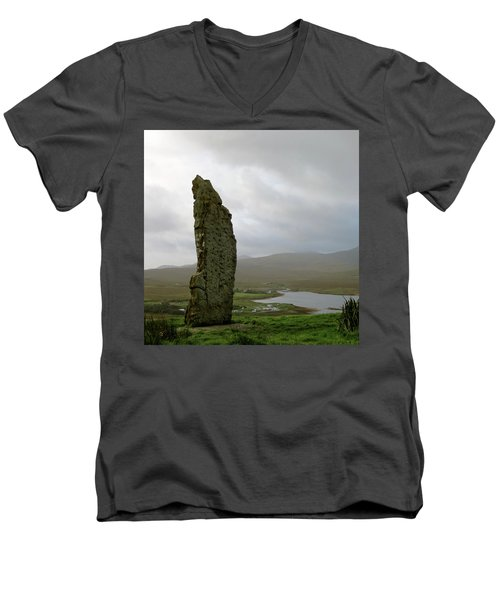 Duirinish Stone Men's V-Neck T-Shirt
