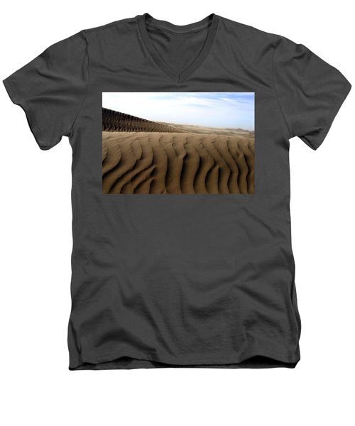 Dunes Of Alaska Men's V-Neck T-Shirt