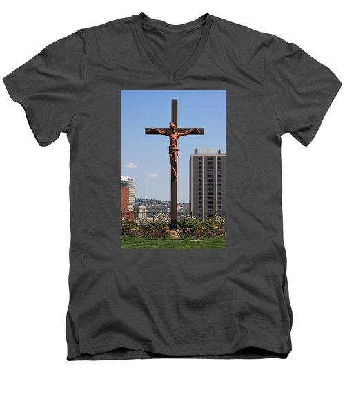 Duquesne Cross Men's V-Neck T-Shirt