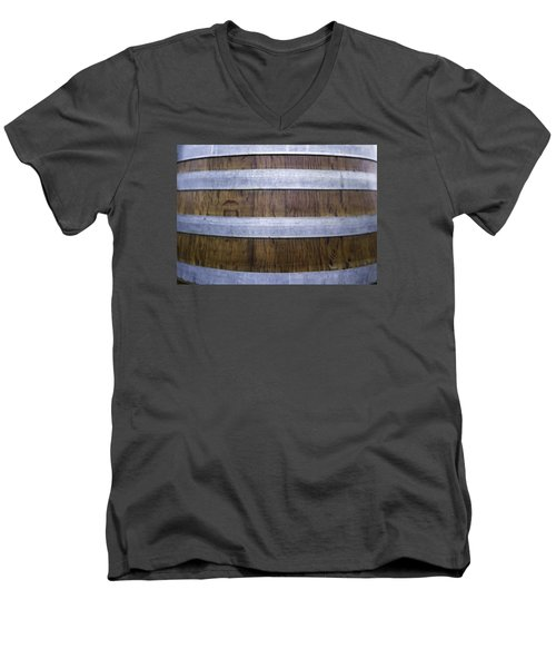 Durmast Barrel Men's V-Neck T-Shirt