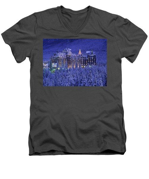 D.wiggett Banff Springs Hotel In Winter Men's V-Neck T-Shirt